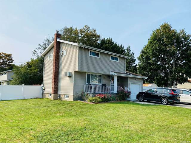 104 Lincoln Avenue, Brentwood, NY 11717 (MLS #3348274) :: Goldstar Premier Properties