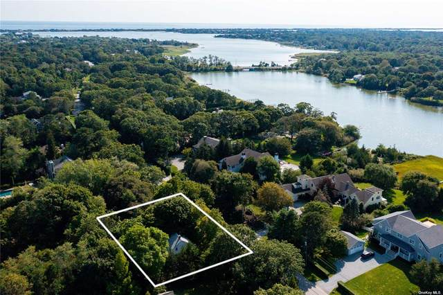 34 Old Main Road, Quogue, NY 11959 (MLS #3348372) :: The Home Team