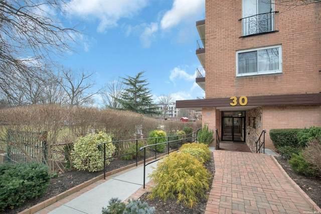 30 Barstow Road 3F, Great Neck, NY 11021 (MLS #3348507) :: Mark Boyland Real Estate Team