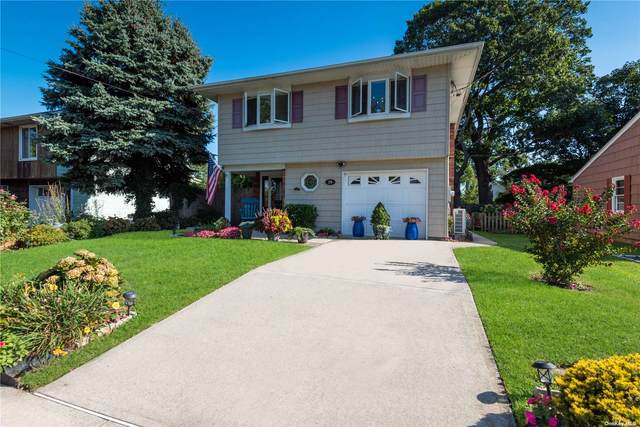 29 Lane Street, Lindenhurst, NY 11757 (MLS #3348534) :: Goldstar Premier Properties