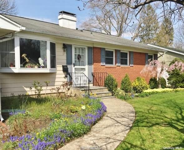 31 Alma Street, Sayville, NY 11782 (MLS #3348546) :: Goldstar Premier Properties