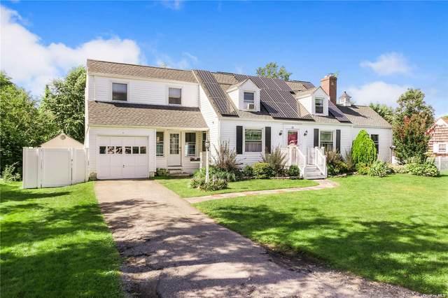 30 Fairway East, Sayville, NY 11782 (MLS #3348623) :: Carollo Real Estate