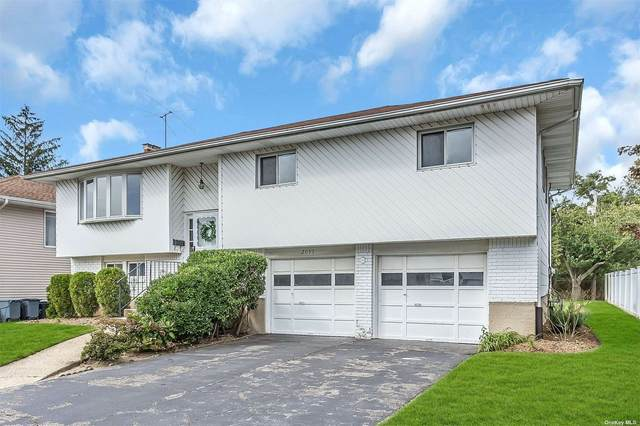 2037 Shaw Drive, Merrick, NY 11566 (MLS #3348694) :: Kendall Group Real Estate | Keller Williams