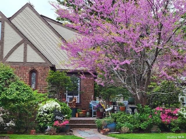 860 Kings Parkway, N. Baldwin, NY 11510 (MLS #3348750) :: Kendall Group Real Estate | Keller Williams