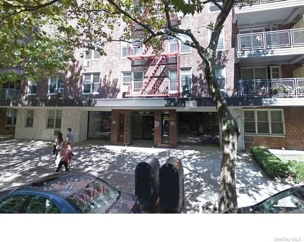 142-05 Roosevelt Avenue #436, Flushing, NY 11355 (MLS #3349636) :: Cronin & Company Real Estate