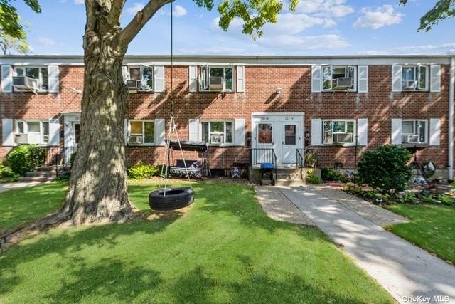 221-16 Manor Road 21-16, Queens Village, NY 11427 (MLS #3349691) :: Cronin & Company Real Estate