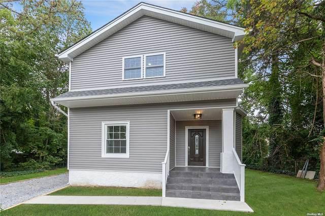 9 W 19th Street, Huntington Sta, NY 11746 (MLS #3351477) :: Signature Premier Properties
