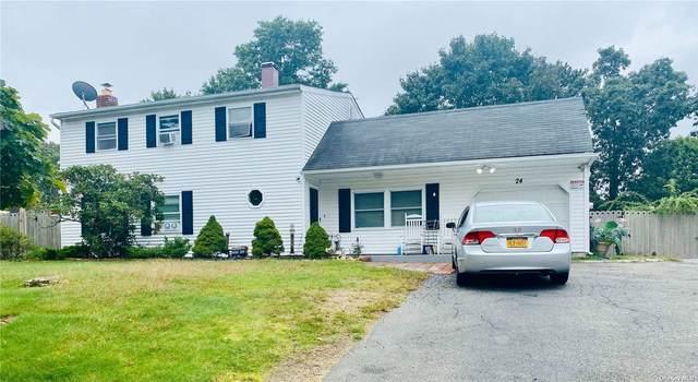 24 Scotch Pine Drive, Medford, NY 11763 (MLS #3351740) :: Goldstar Premier Properties