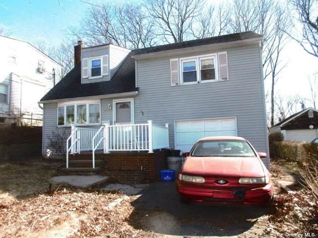 65 Hendrick Avenue, Glen Cove, NY 11542 (MLS #3351838) :: RE/MAX RoNIN