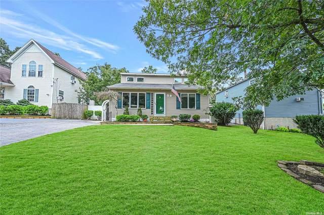 4 Awixa Place, Selden, NY 11784 (MLS #3352049) :: Signature Premier Properties