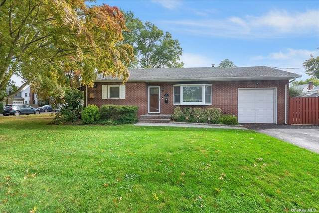 2 Lincoln Place, Glen Cove, NY 11542 (MLS #3352141) :: RE/MAX RoNIN