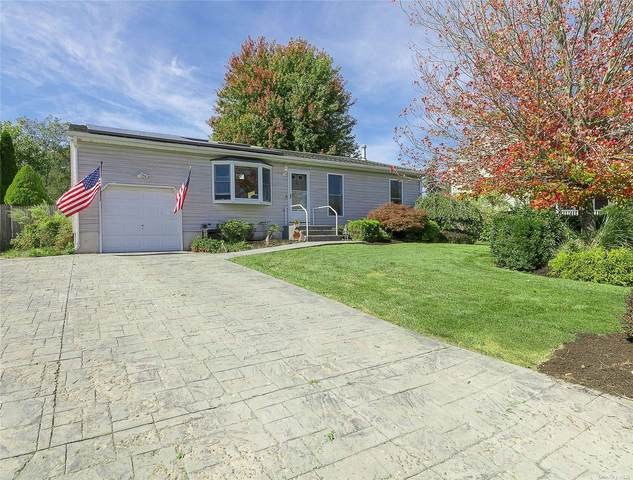 20 Meadow Court, Manorville, NY 11949 (MLS #3352246) :: Corcoran Baer & McIntosh