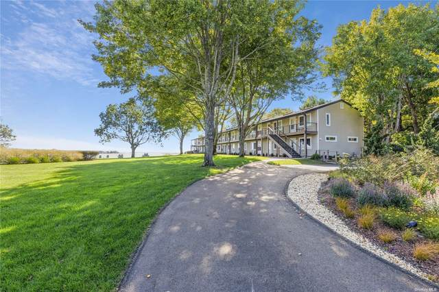 70 Middle Pond Road #9, Southampton, NY 11968 (MLS #3352258) :: Cronin & Company Real Estate