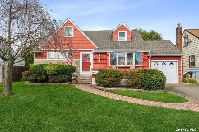 3629 Bernard Drive, Wantagh, NY 11793 (MLS #3352405) :: Signature Premier Properties