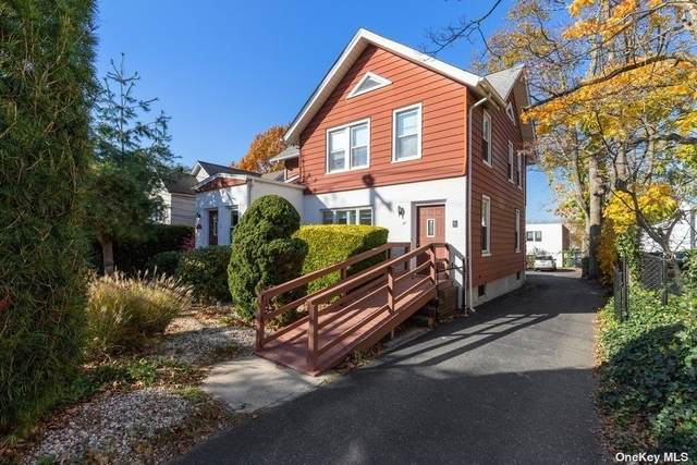 25 E Carver Street, Huntington, NY 11743 (MLS #3352526) :: Signature Premier Properties