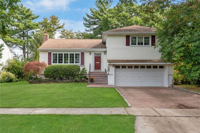 35 East Drive, Garden City, NY 11530 (MLS #3352537) :: Signature Premier Properties