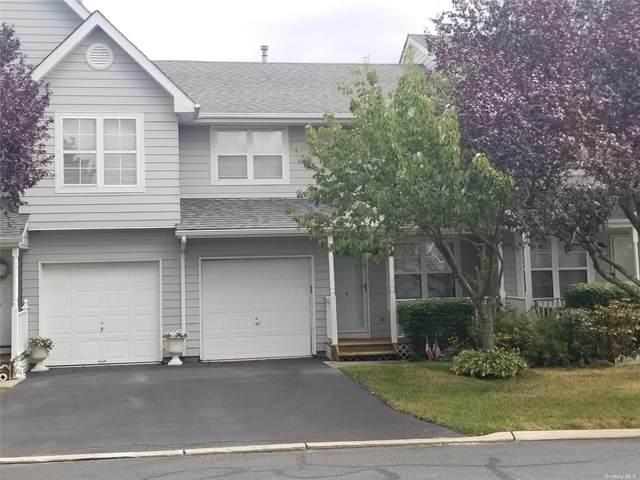 9 Maple Wing Drive #9, Central Islip, NY 11722 (MLS #3352842) :: Cronin & Company Real Estate