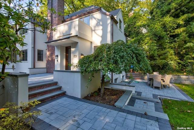 25 Willow Drive, Port Washington, NY 11050 (MLS #3352867) :: Carollo Real Estate