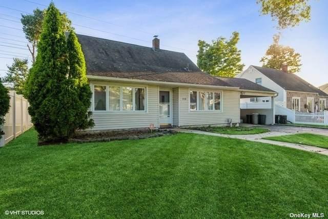 114 Cornflower Road, Levittown, NY 11756 (MLS #3352968) :: Signature Premier Properties