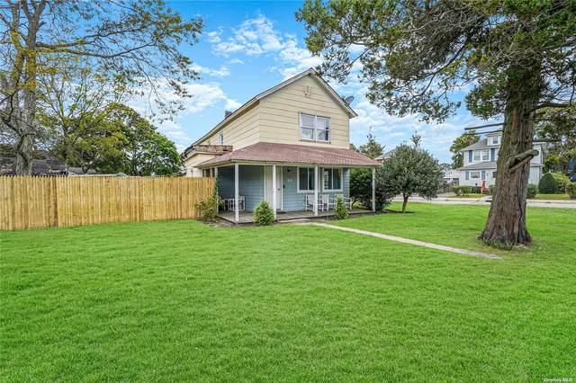 84 Grove Avenue, Patchogue, NY 11772 (MLS #3352974) :: Signature Premier Properties