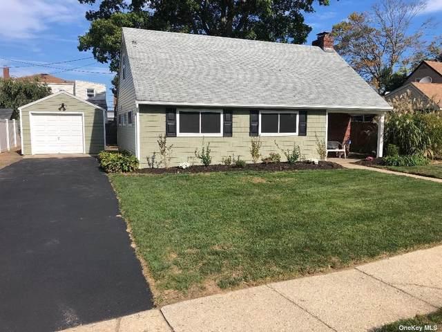 111 W Scudder Avenue, Copiague, NY 11726 (MLS #3353094) :: Carollo Real Estate