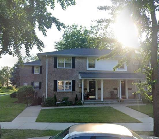 8116 Langdale St 250B, New Hyde Park, NY 11040 (MLS #3353106) :: Cronin & Company Real Estate