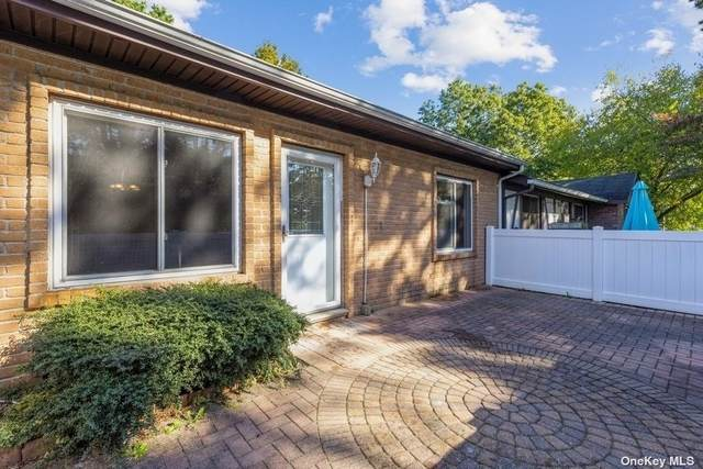 625 W End Drive #625, Medford, NY 11763 (MLS #3353121) :: Cronin & Company Real Estate