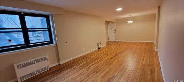 87-19 204 Street A27, Holliswood, NY 11423 (MLS #3353129) :: Cronin & Company Real Estate