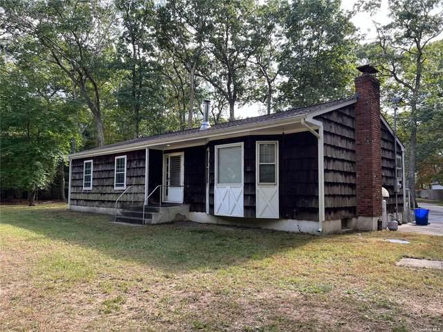 153 Wading Rvr Manor Road, Manorville, NY 11949 (MLS #3353199) :: Signature Premier Properties