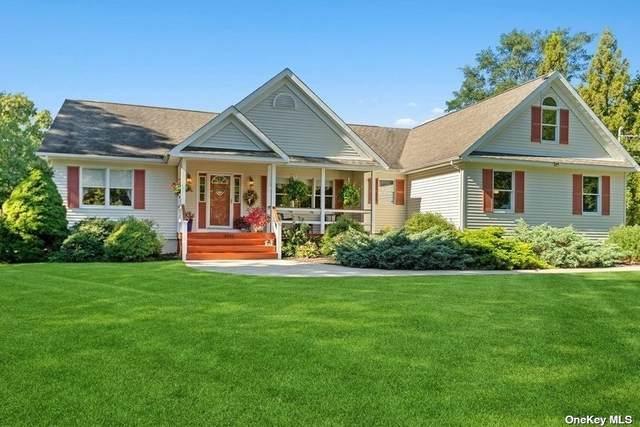East Marion, NY 11939 :: Cronin & Company Real Estate