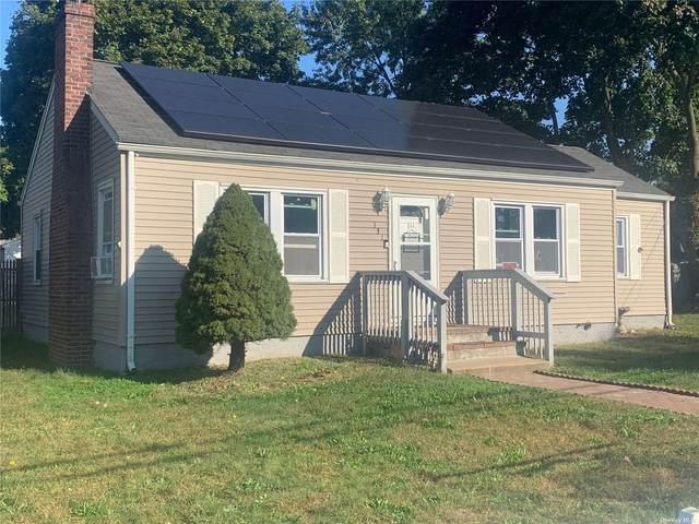 111 Smith Street, Bay Shore, NY 11706 (MLS #3353283) :: Carollo Real Estate