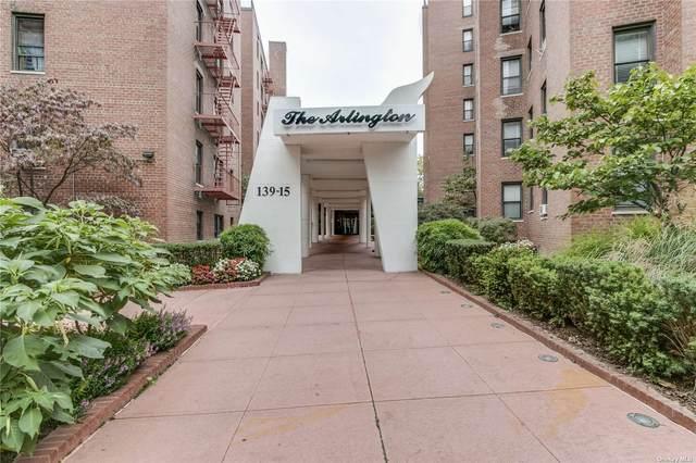 139-15 83 Avenue #101, Briarwood, NY 11435 (MLS #3353312) :: Cronin & Company Real Estate