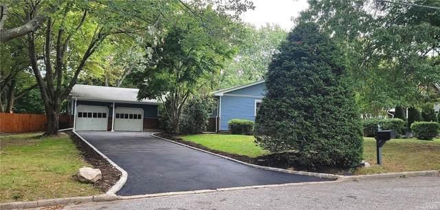 19 Merlin Lane, E. Setauket, NY 11733 (MLS #3353319) :: Carollo Real Estate