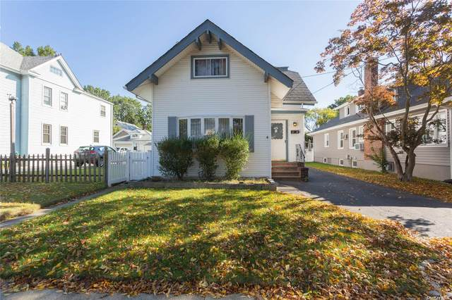 47 Holland Avenue, Floral Park, NY 11001 (MLS #3353332) :: Signature Premier Properties