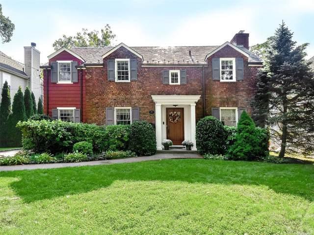 18 Argyle Road, Port Washington, NY 11050 (MLS #3353367) :: Carollo Real Estate