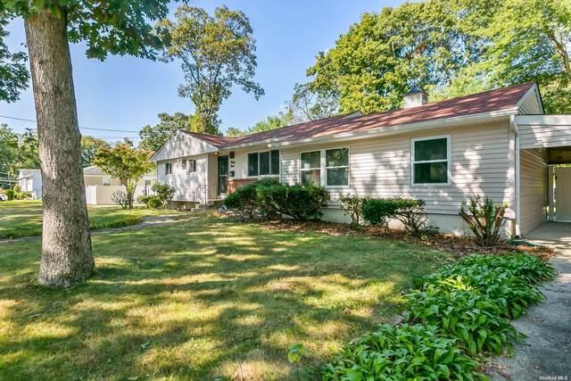 39 Spring Street, Wheatley Heights, NY 11798 (MLS #3353397) :: Mark Boyland Real Estate Team