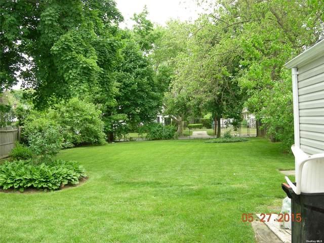 2547 Southard Avenue, Oceanside, NY 11572 (MLS #3353401) :: Signature Premier Properties