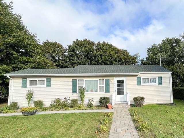 609 Michigan Ave, Bellport, NY 11713 (MLS #3353475) :: Signature Premier Properties