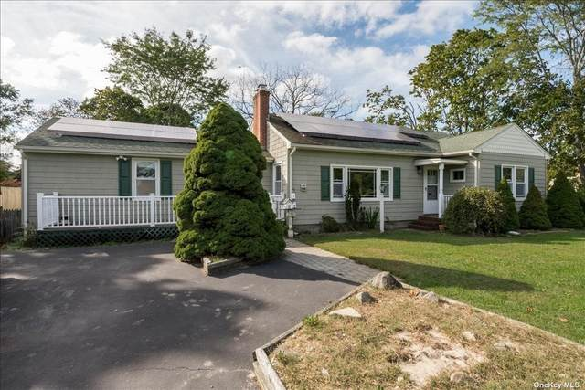 276 Bay Avenue, Patchogue, NY 11772 (MLS #3353543) :: Signature Premier Properties