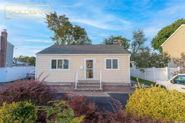 11 North Drive, Hicksville, NY 11801 (MLS #3353590) :: Signature Premier Properties