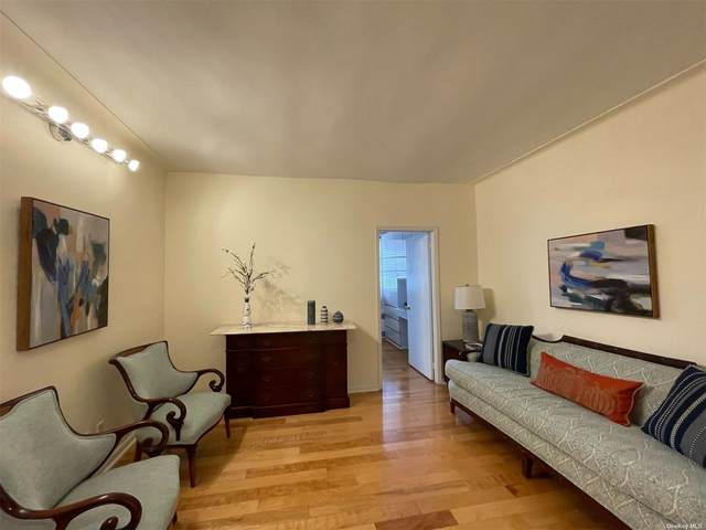 35-05 72nd Street 6H, Jackson Heights, NY 11372 (MLS #3353591) :: The Clement, Brooks & Safier Team