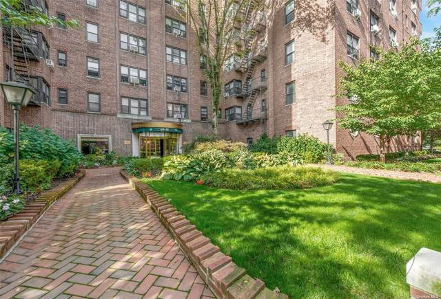 69-10 Yellowstone Boulevard #520, Forest Hills, NY 11375 (MLS #3353674) :: RE/MAX RoNIN