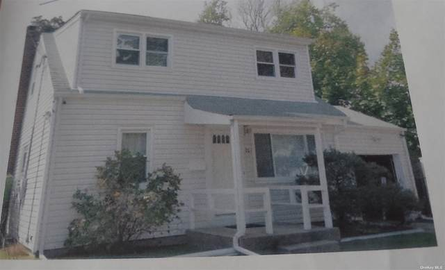 907 S Strong Avenue, Copiague, NY 11726 (MLS #3353685) :: RE/MAX RoNIN