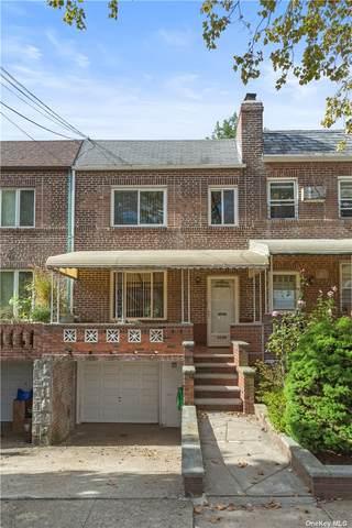63-44 78th St, Middle Village, NY 11379 (MLS #3353722) :: Howard Hanna | Rand Realty