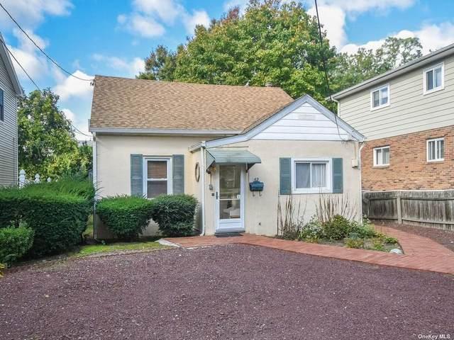 65 Dunwood Road, Port Washington, NY 11050 (MLS #3353749) :: Carollo Real Estate