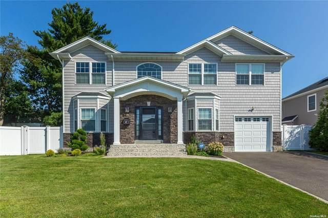 82 Southwood Circle, Syosset, NY 11791 (MLS #3353896) :: RE/MAX RoNIN