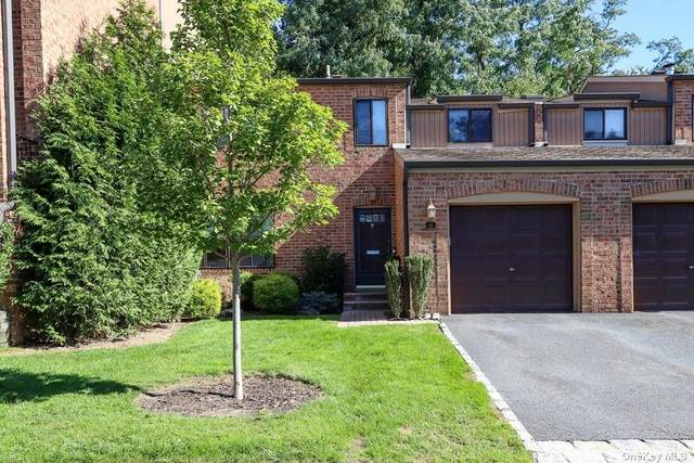 66 Windsor Gate Drive #66, North Hills, NY 11040 (MLS #3353905) :: Frank Schiavone with Douglas Elliman