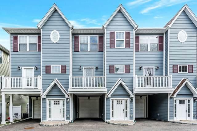 16 Hearthstone Court #16, Farmingdale, NY 11735 (MLS #3354125) :: Signature Premier Properties