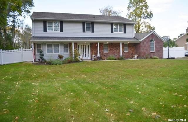 22 Wood Sorrell Lane, E. Northport, NY 11731 (MLS #3354132) :: Signature Premier Properties