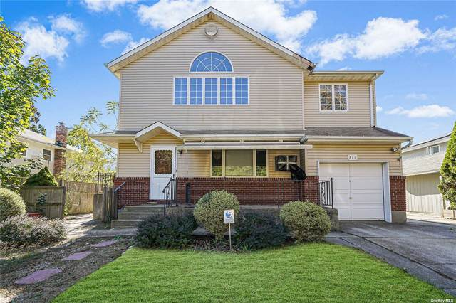 216 Bellerose Avenue, E. Northport, NY 11731 (MLS #3354140) :: Signature Premier Properties
